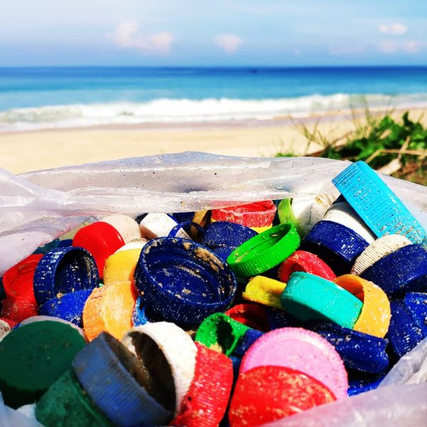 beach-collection-plastic-taps-trashart-save-turtles-save-beaches-save-oceans-save-us-from-plastics-thailand