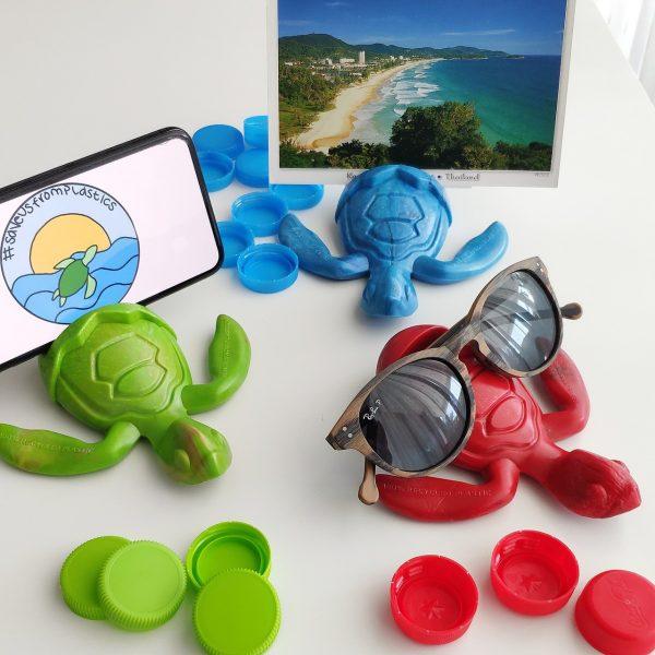 sea-turtle-holder-trashart-original-present-save-turtles-save-us-from-plastics