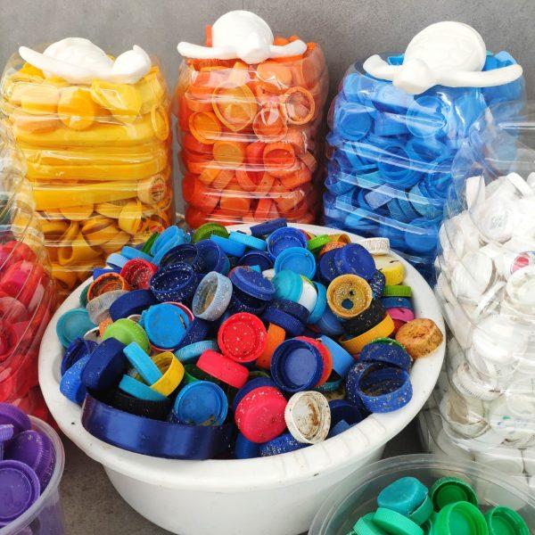 plastic-collection-bottle-lids-trashart-precious-plastic-save-us-from-plastics-4